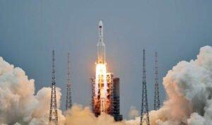© Fornecido por Tech Break Pedaço de foguete chinês pode reentrar na atmosfera de maneira descontrolada